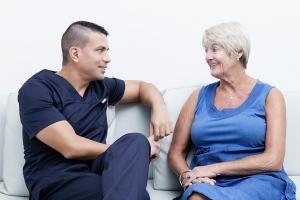 pacientes satisfechos en nuestras clínicas dentales